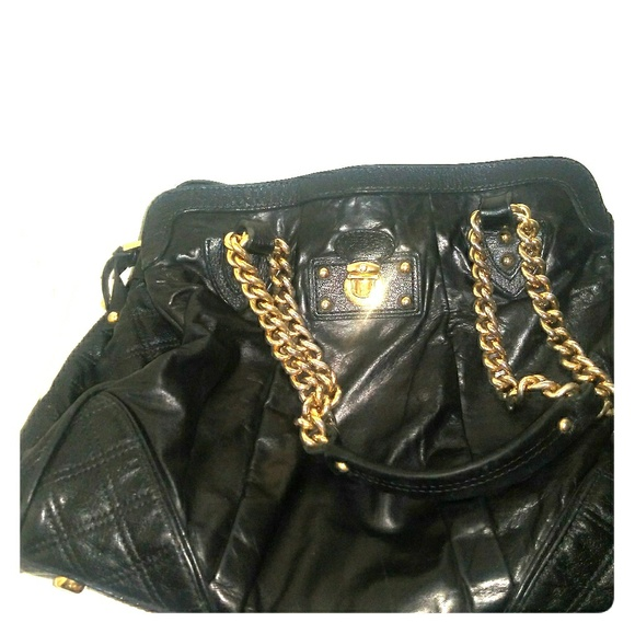 Marc Jacobs Handbags - Marc Jacobs quilted leather and chains bag
